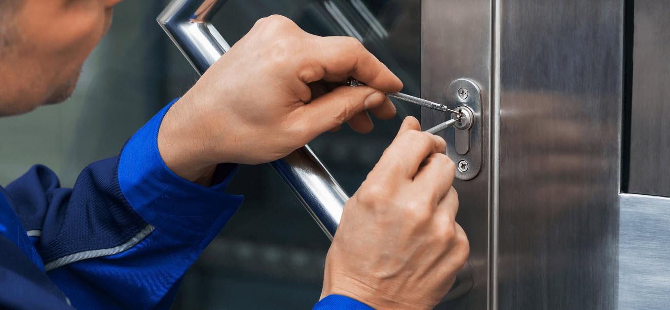 afbeelding van een slotenmaker